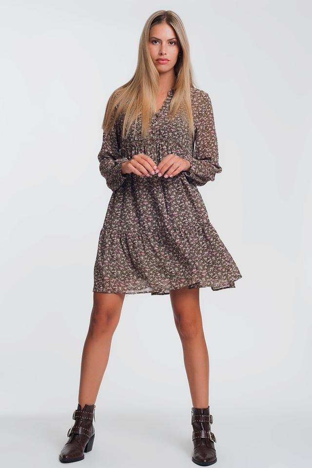 Hänger-Minikleid in Braun mit Rüschenkragen und Blümchenmuster Braunes