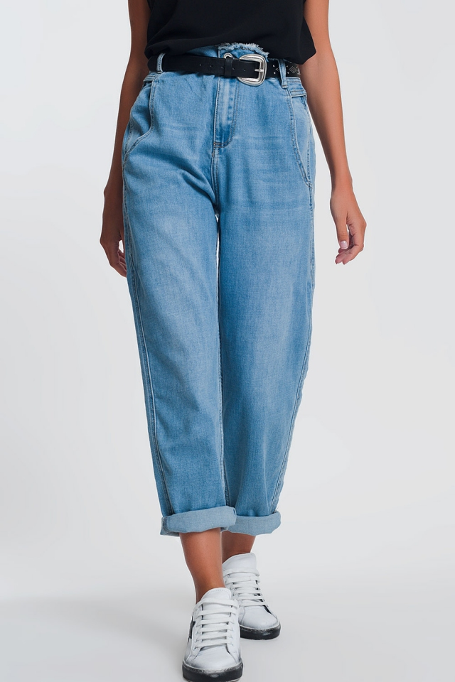 light denim boyfriend jeans
