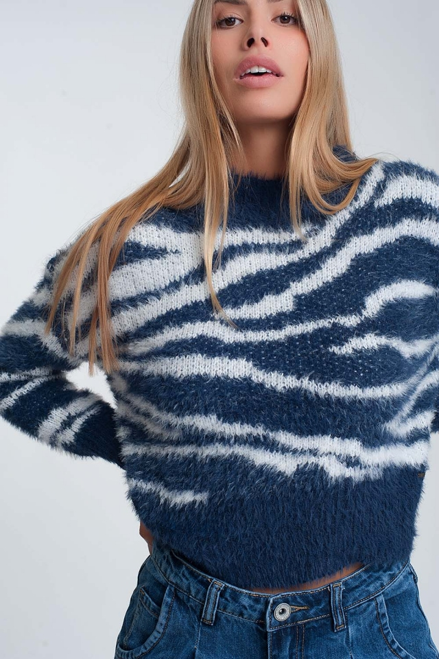 Blue soft sweater long sleeved