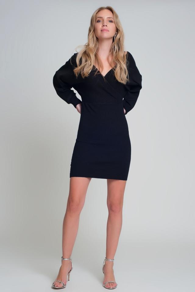 V neck Knitted black dress with volume sleeve