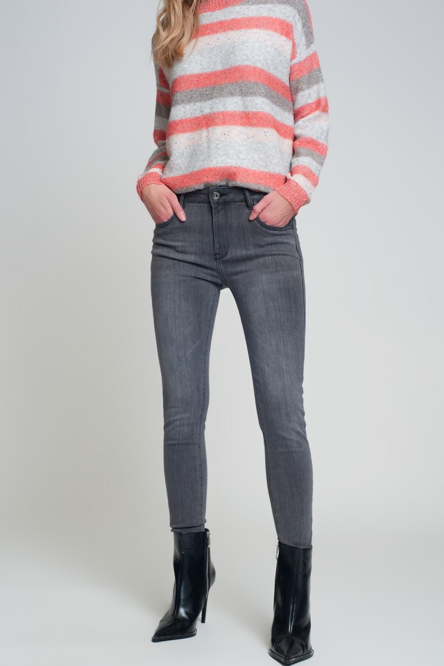 Skinny fit jeans with side slit in gray