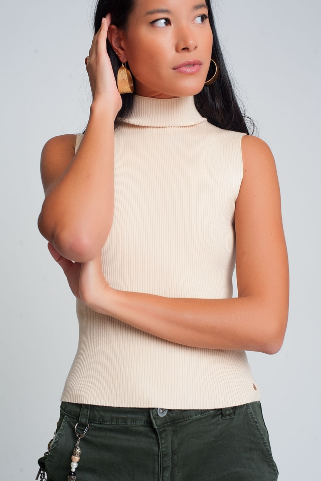Ribbed knit sleeveless sweater with high neck in cream color