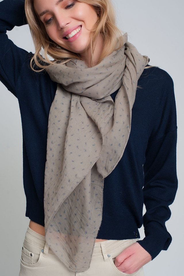 Lightweight beige scarf with paisley pattern