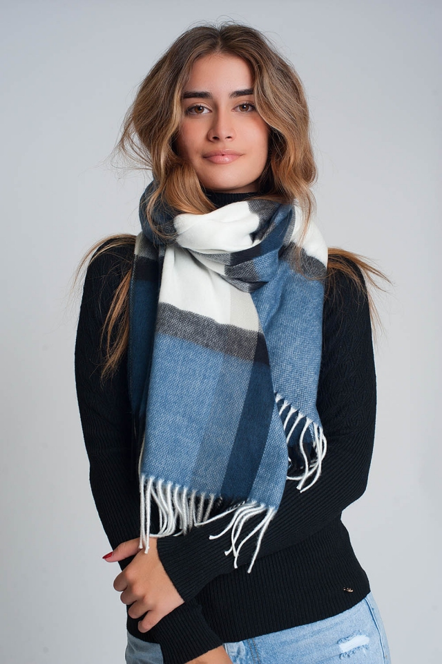 fluffy scarf with blue white and black stripes