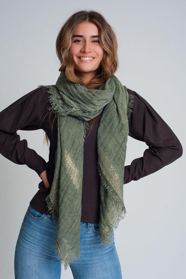 Leichter Schal in Grün mit Goldstreifen