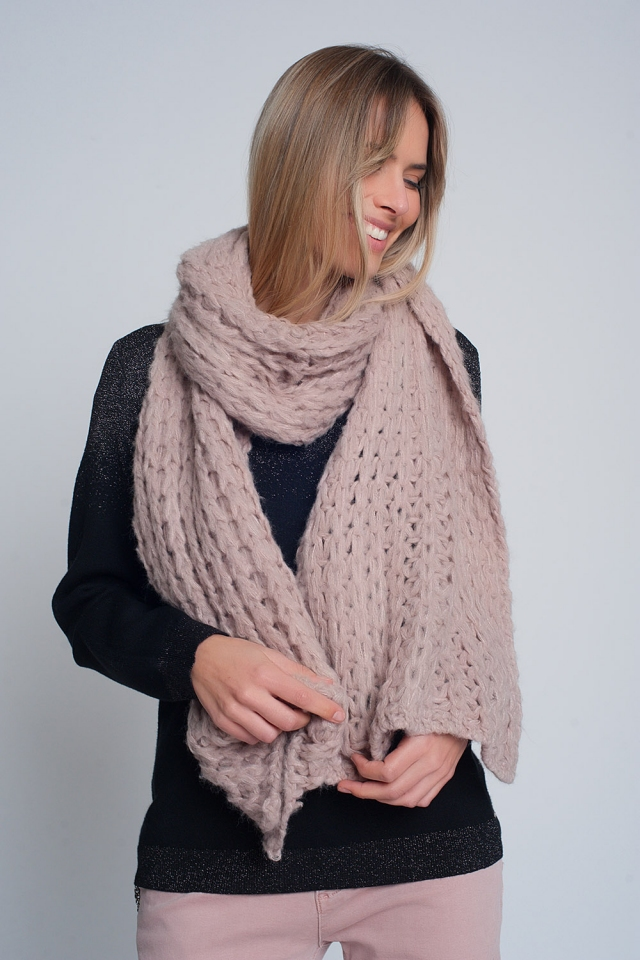 chunky scarf in pink