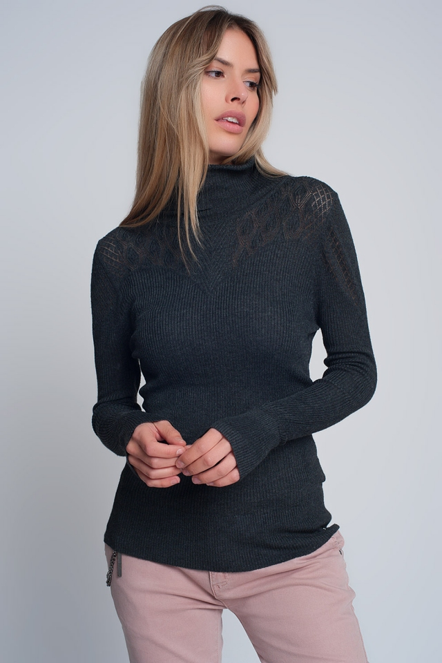Soft ribbed sweater with turtleneck in gray