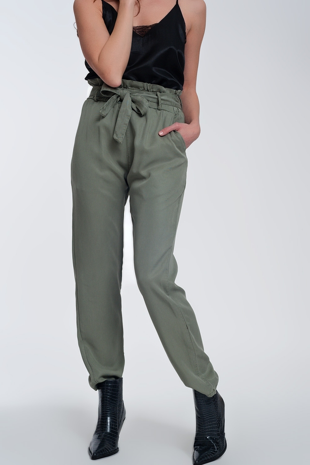 Trousers with tie waist in green