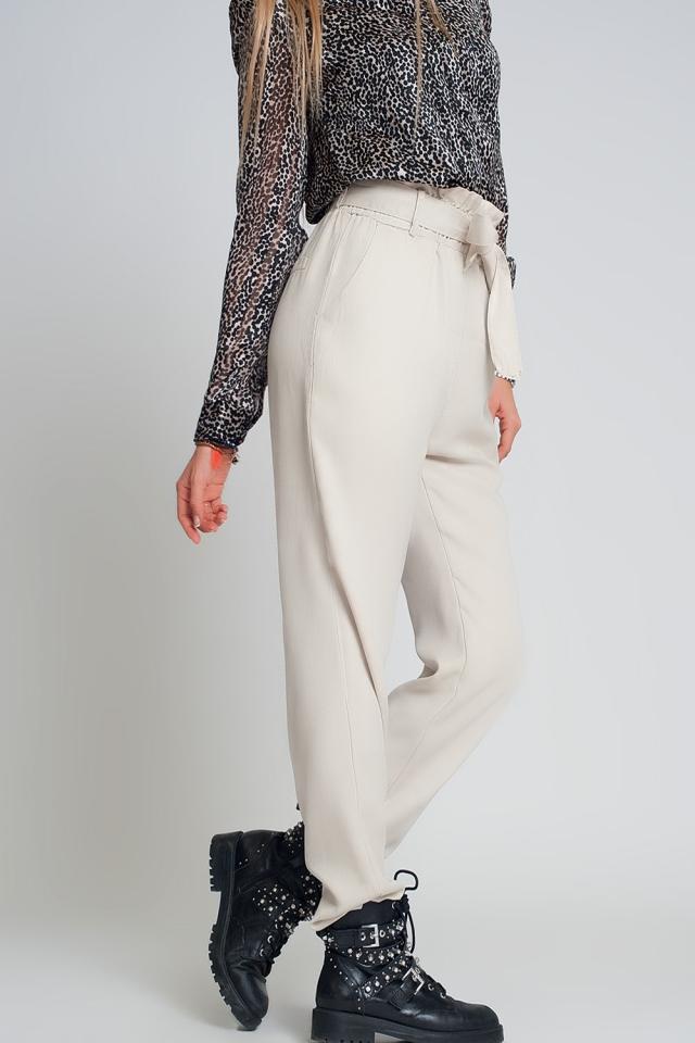 Pants with tie waist in beige
