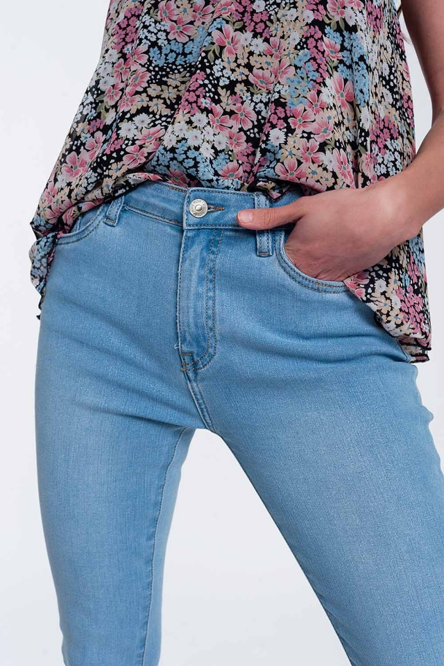 High-waisted jeans with glitter