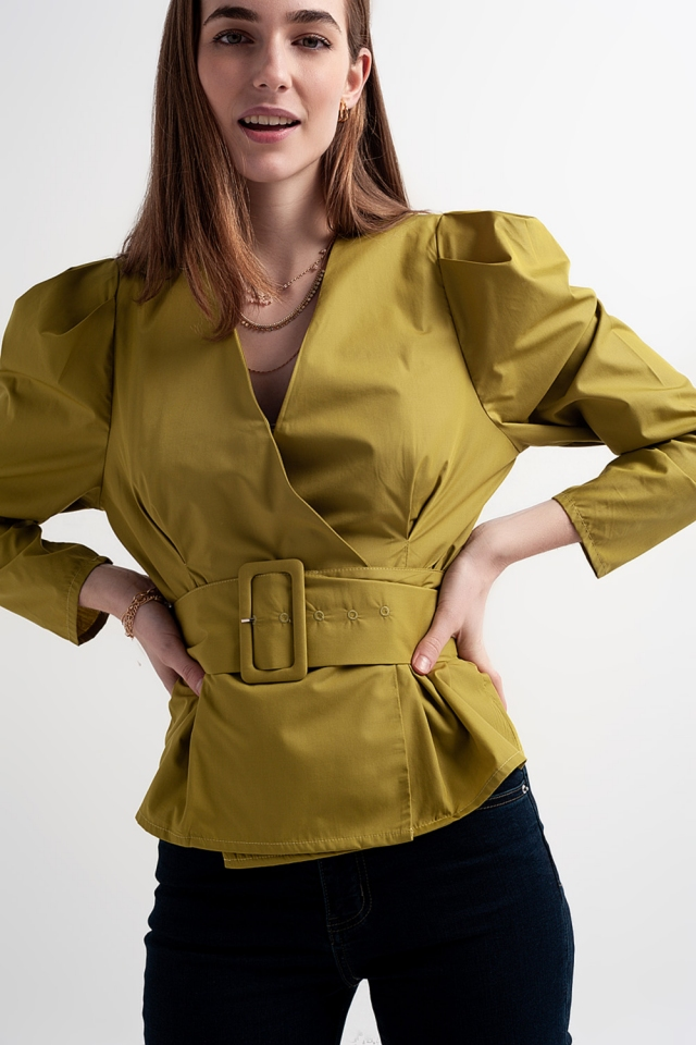 Puff sleeve top with belt in green