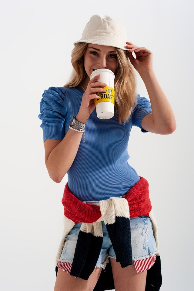 Knitted top with balloon sleeves in blue