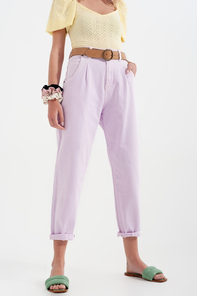 Mom Jeans mit hohem Bund und Bundfalten in fliederfarben