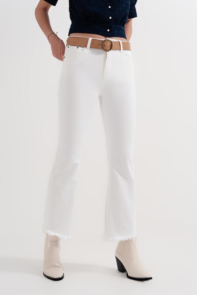 Straight Hose in Weiß mit breiten Knöcheln