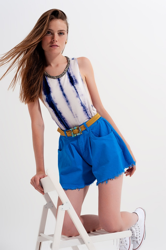 Zerrissene A-Linien-Denim-Shorts in Blau