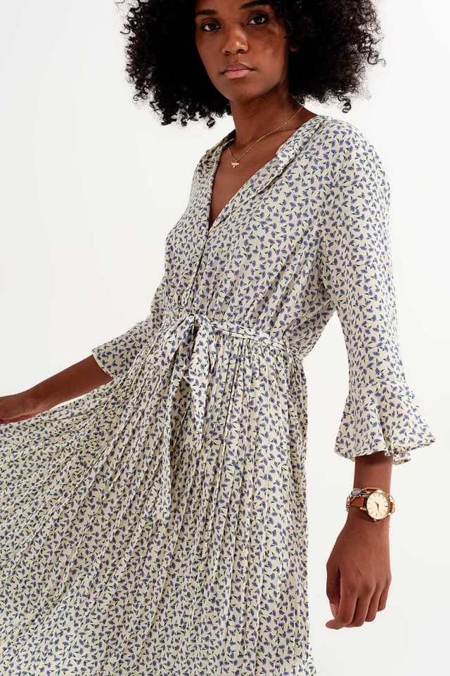 Buttoned midi dress with high collar in floral print blue