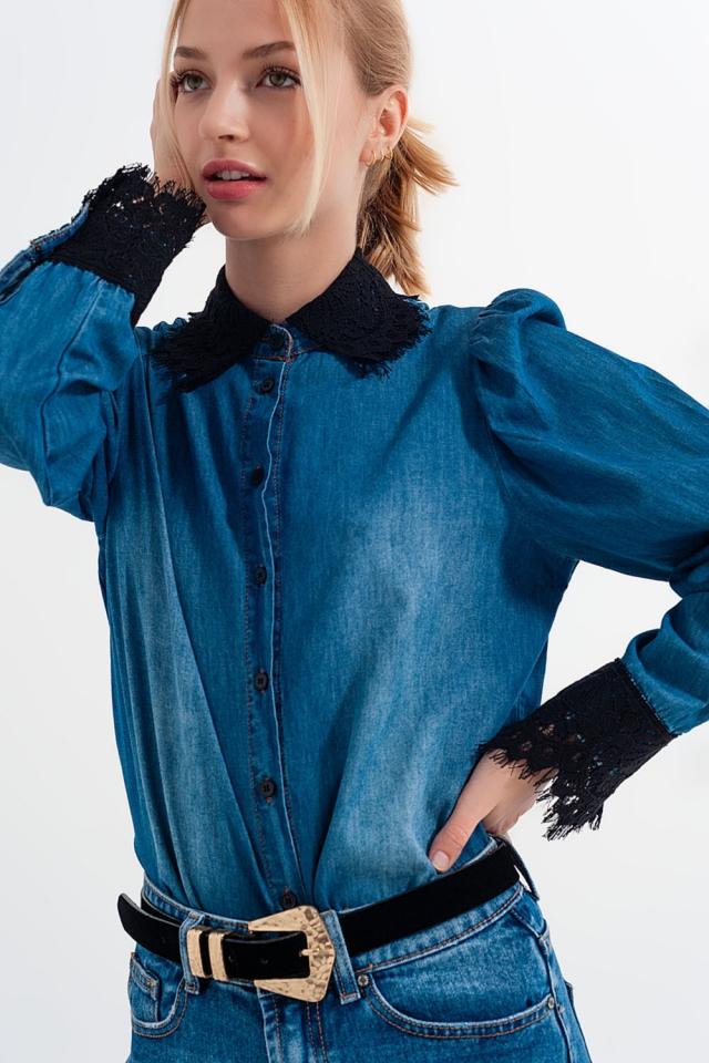 Blaues Denim-Shirt mit Puffärmeln und Spitzendetails
