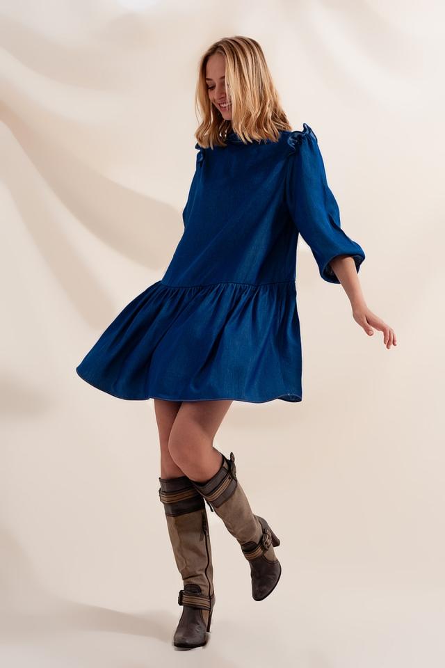 Mini-Hängerkleid aus Jeansstoff mit gestuftem Rock