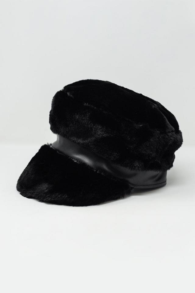Baker-Boy-Mütze in Schwarzer aus Teddyfell