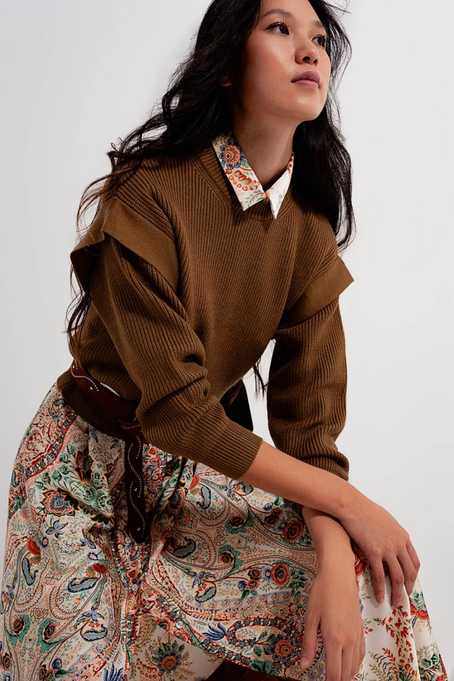 Sleeve detail jumper in khaki color