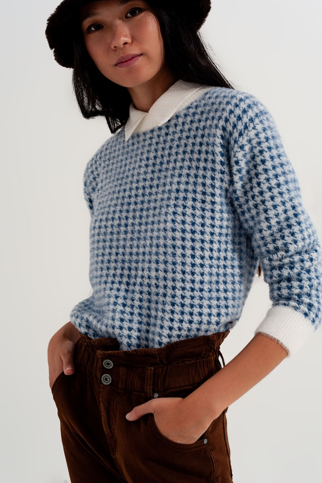 Fluffy houndstooth print sweater in blue