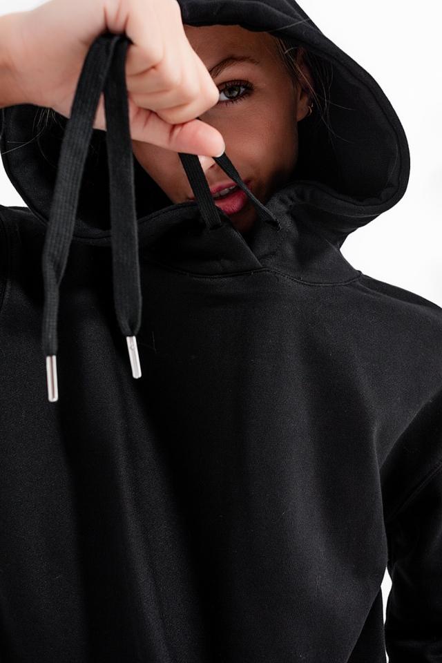 Schwarzes Basic Sweatshirt mit Kapuze und Kordelzug