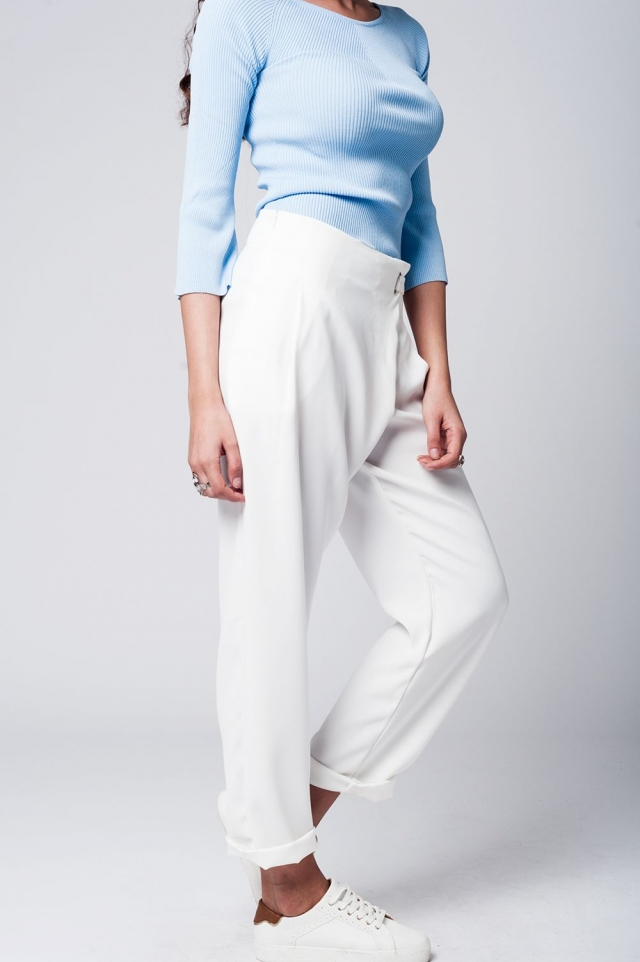 White straight pants with crossed front detail