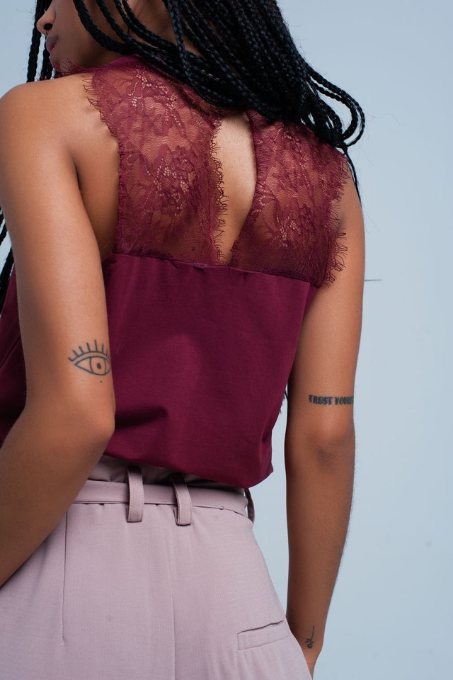 Wine top with lace detail