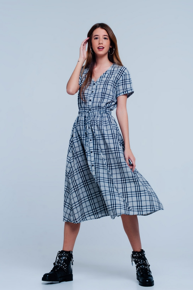 Maxi dress with gray checkers