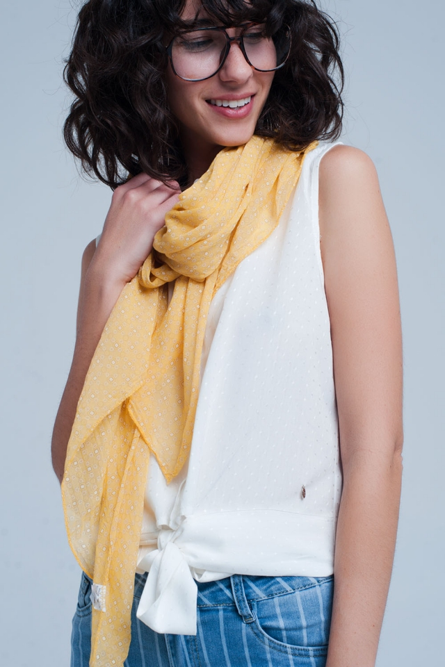 Mustard scarf with figures print