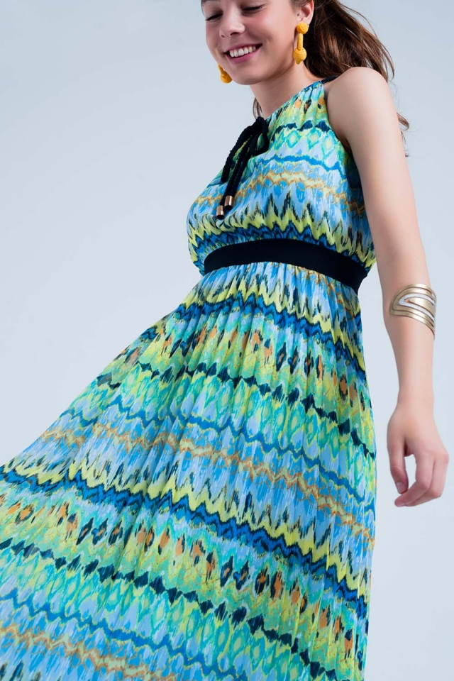 Green maxi dress with pleated skirt