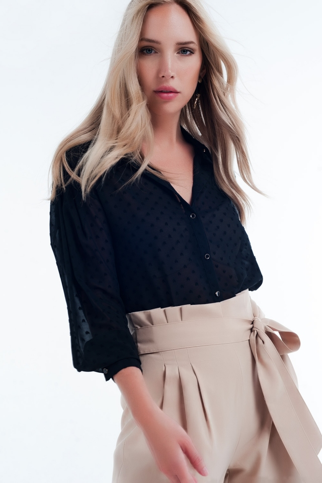 Blouse with texture in black