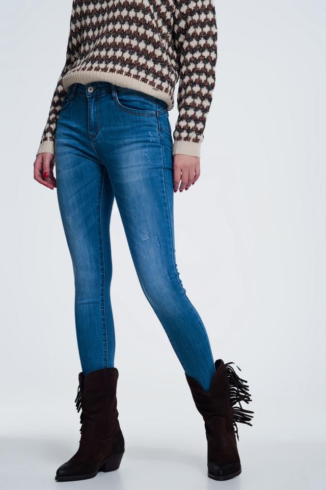 light denim skinny jeans with light wear details